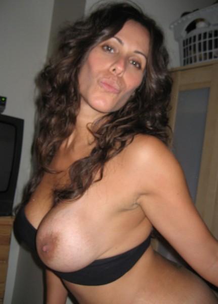 Plan sexy sur Perpignan avec une maman disponible de suite