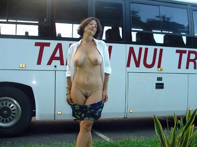 Annonce sexe sur Rennes avec une pute disponible de suite